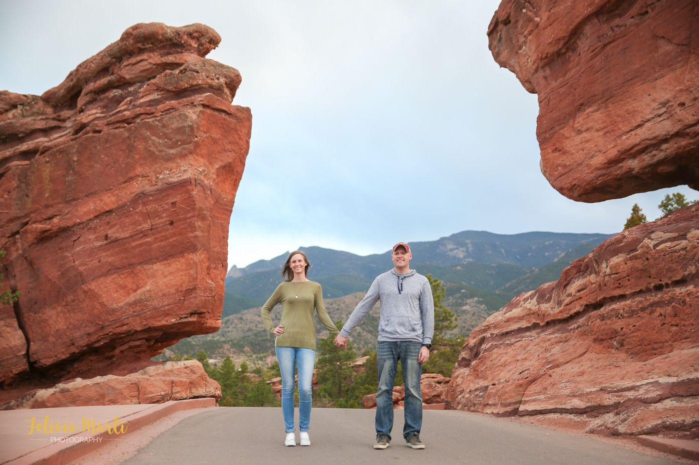 Engagement Photography at Colorado's Garden of The Gods
